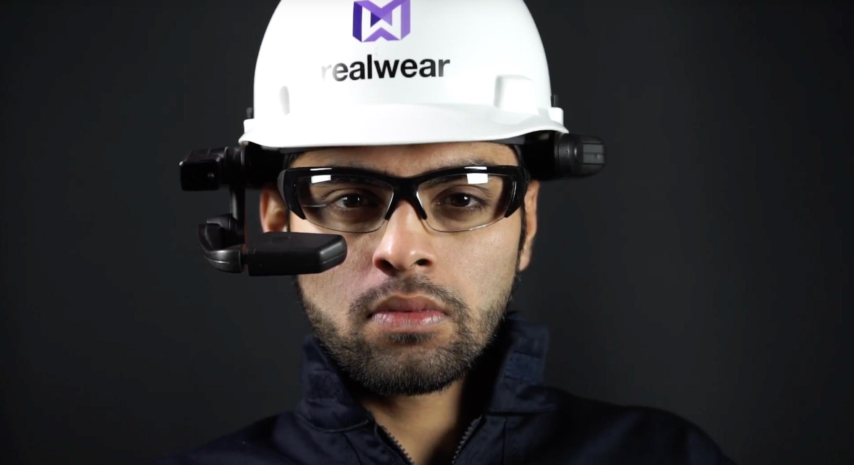 Datenbrillen als Medium - RealWear HMT-1